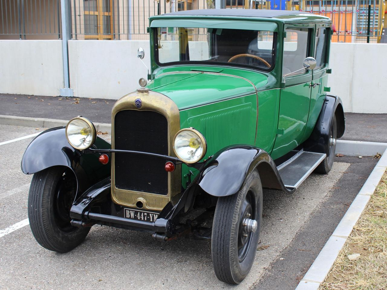 1 Citroen C4 fabriquée entre 1928 et 1932