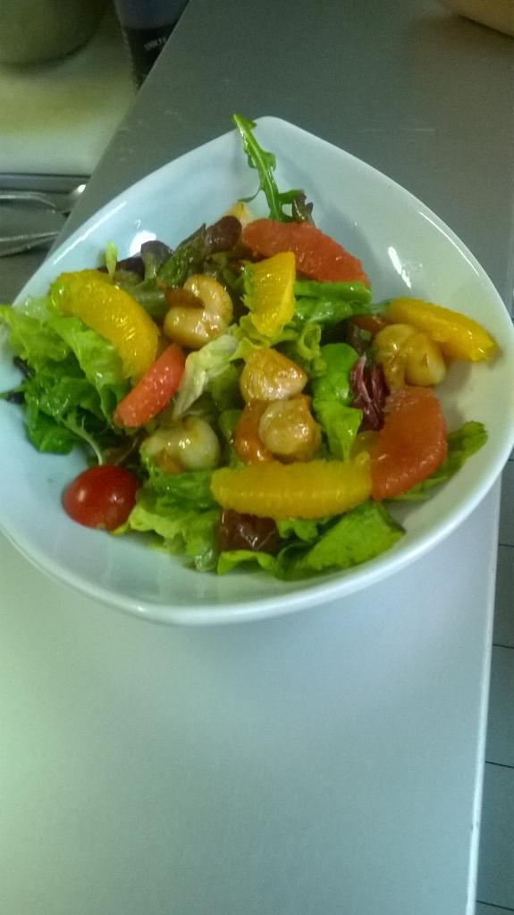 Salade aux Saint Jacques et agrumes