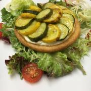 Tartelette au chevre frais et courgettes