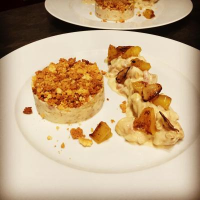 Émincé de poulet sauce normande crumble de choux fleur au parmesan